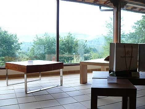 Exposici n adjunta a la f brica de muebles exposici n de for Muebles la fabrica madrid